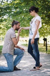Come si bacia una ragazza